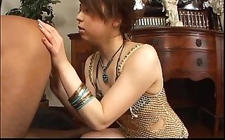 Oriental teen rims and blows a lucky guy